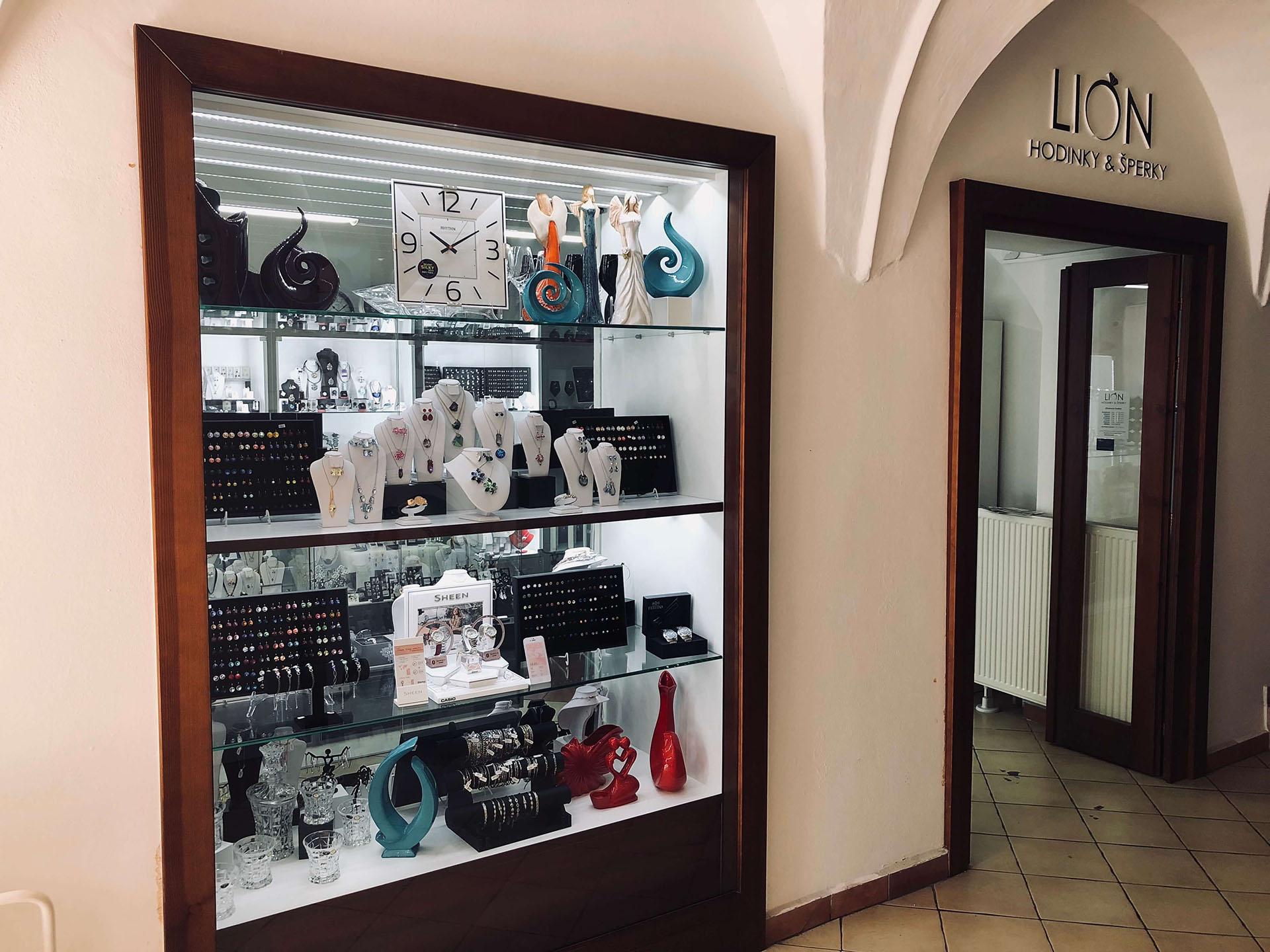 bfa1e13c3 LION hodinky&šperky, Hlavná 120, 080 01 Prešov